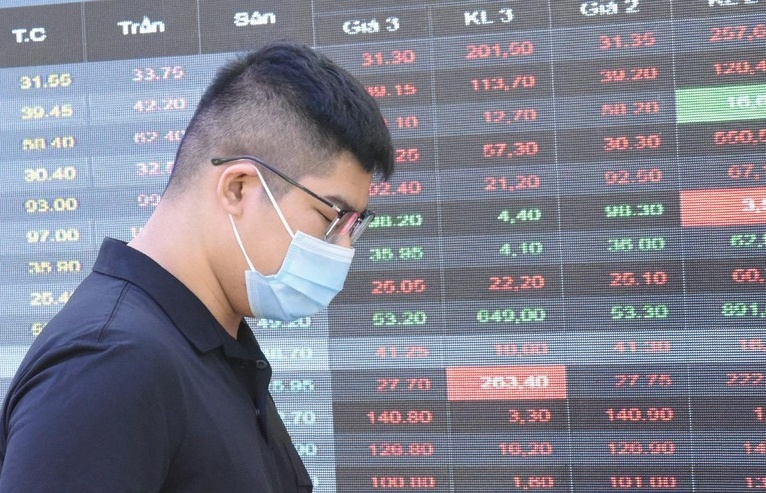 Individual investors open nearly one million trading accounts