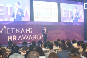 vietnam hr awards forum 2019 sheds light on future of business and hr