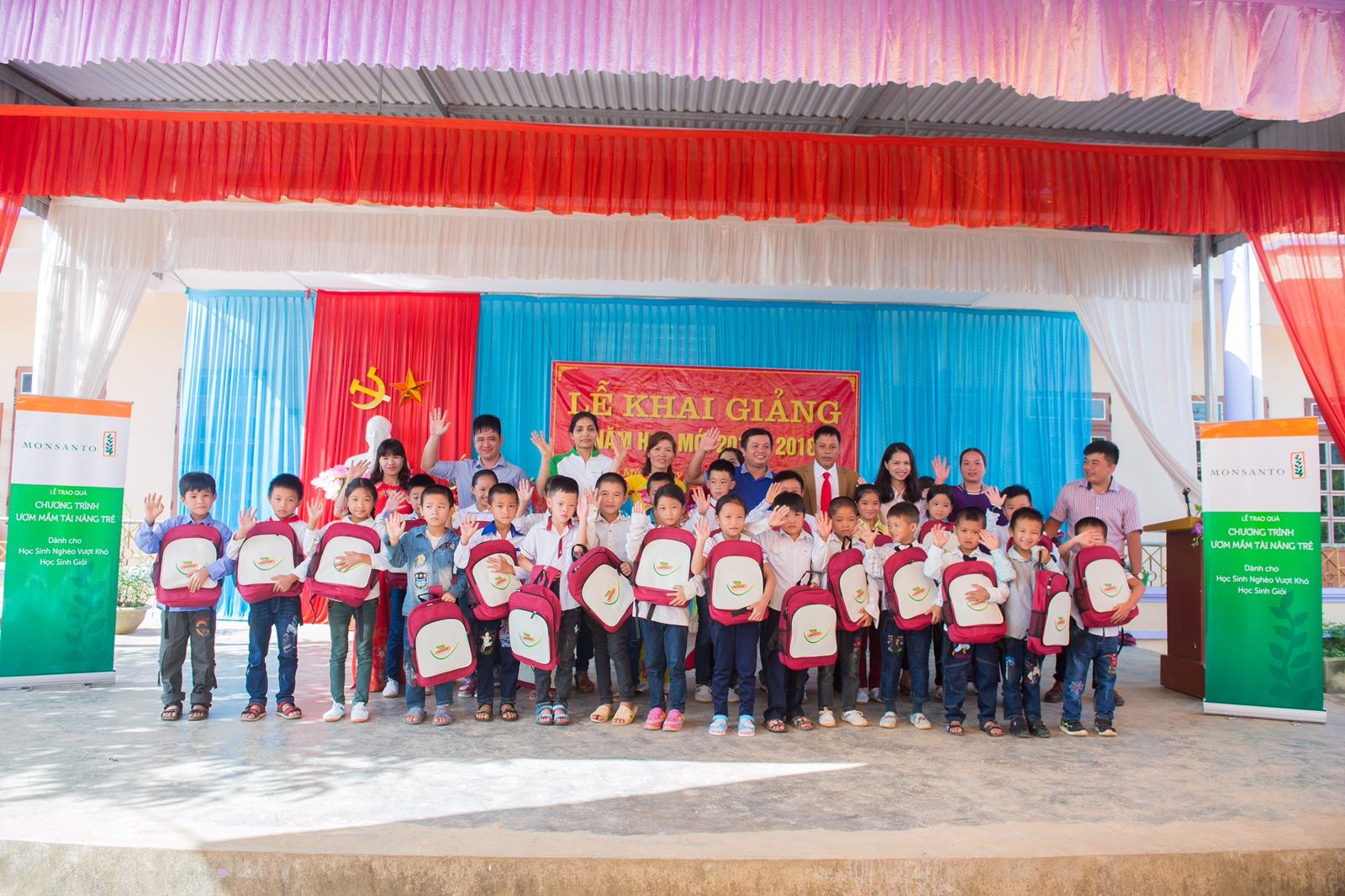 dekalb vietnam gifts son la provinces young champions