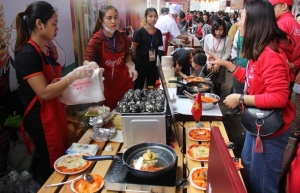 coca cola to bring the asia food to hanoi
