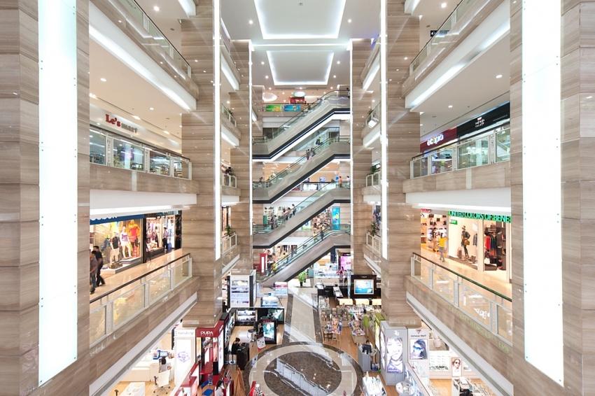 shopping malls flounder in wake of coronavirus outbreak