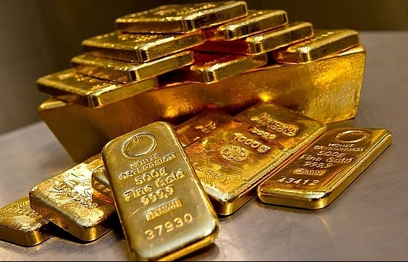 local gold price rockets to near 2173