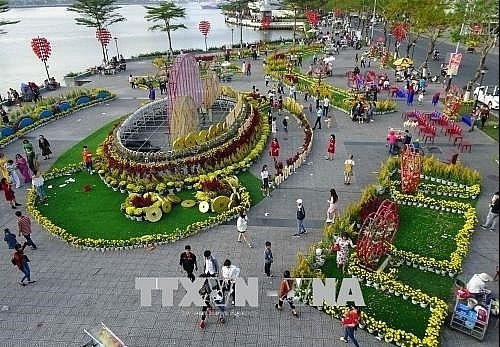 danang city hosts slew of festive events