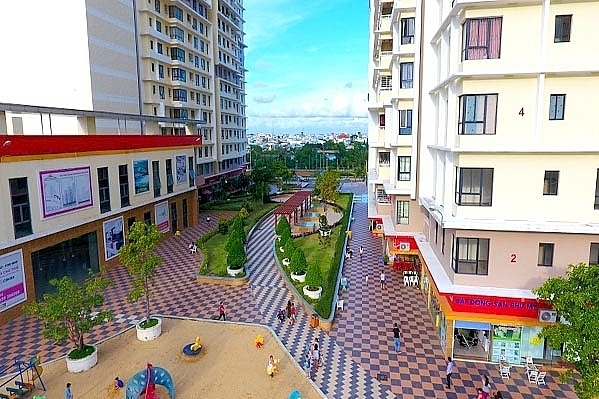 foreign real estate brokers expanding in vietnamese market