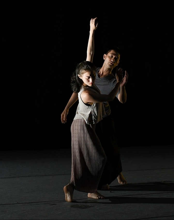 choreographer to stage dance based on poem