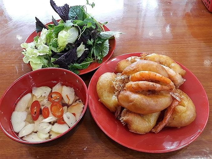 shrimp cakes a harmony of taste and colour