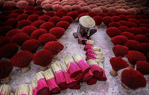 vietnamese photographers enter final round of smithsonian photo contest