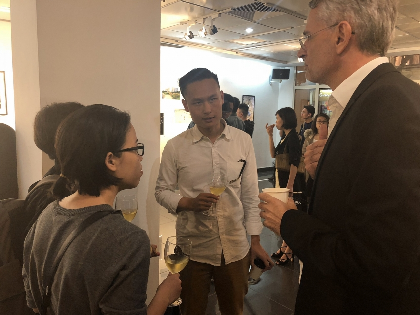 midway exhibition reflects on vietnamese urbanisation
