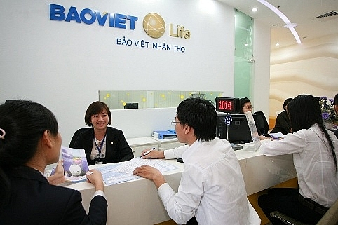 samsung life eyes 20 per cent in bao viet life