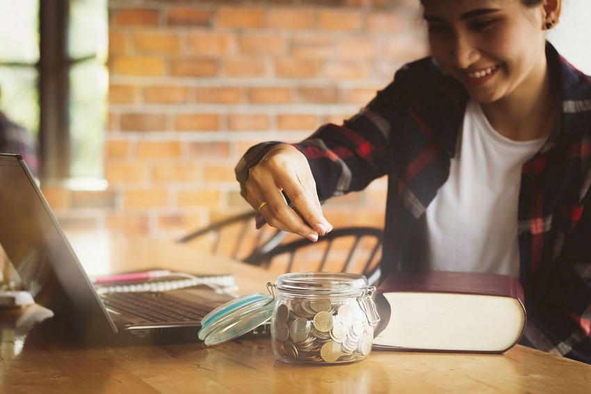 covid 19 changes spending habits of young people