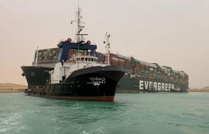suez canal breakdown puts local import and export on edge