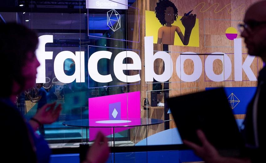 facebook corners global advertising by selling user data