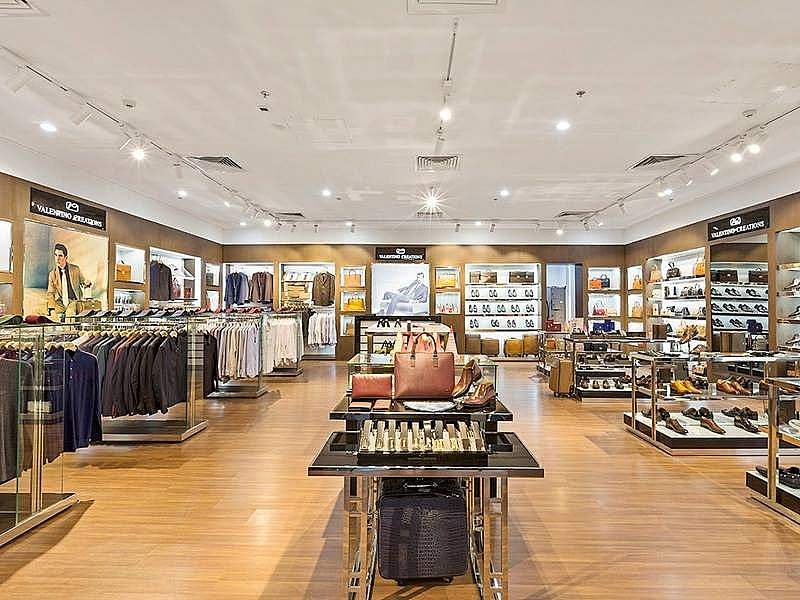 valentino creations launches 32th store and premium shirt collection