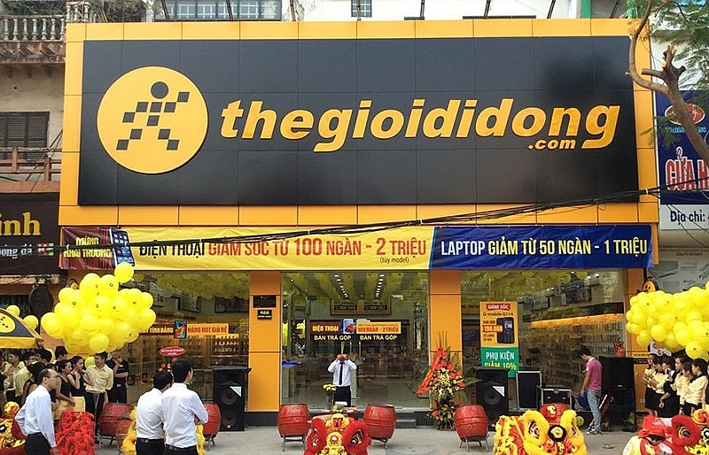 mobile world denies closing thegioididong stores
