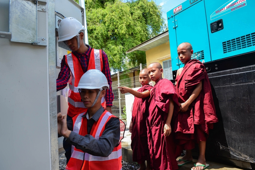 viettel brings industry 40 to change life in land of golden pagodas