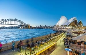 the metropole thu thiem shaping new metropolitan lifestyle standards