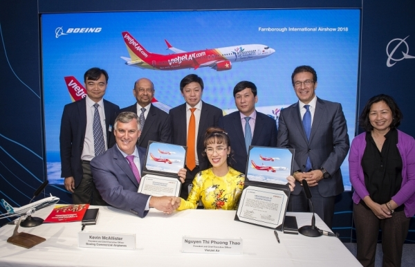 vietjet and boeing ink deal for 100 new aircraft