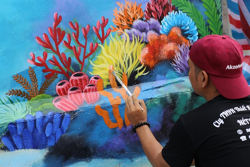 protecting ly son island lets colour to inspire