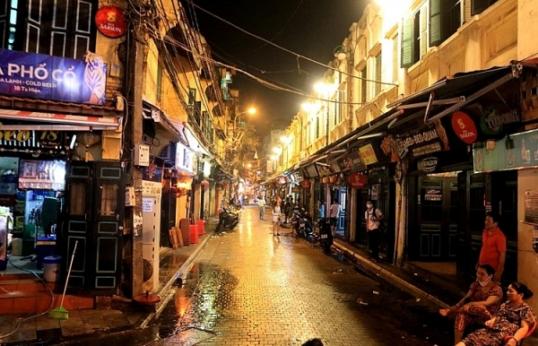 hanoi old quarter awaits return of overseas arrivals