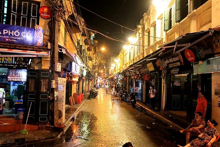 hanoi old quarter awaits return of overseas arrivals