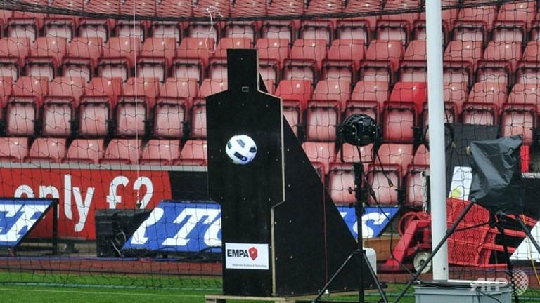 Premier League approves goal-line technology