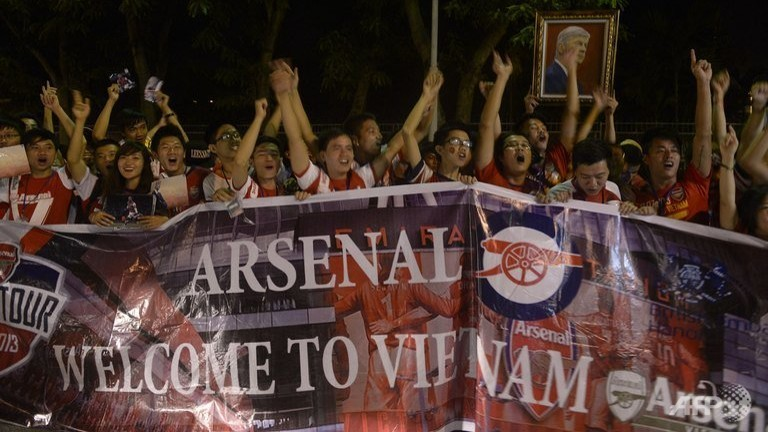 Arsenal cruise to victory in Vietnam