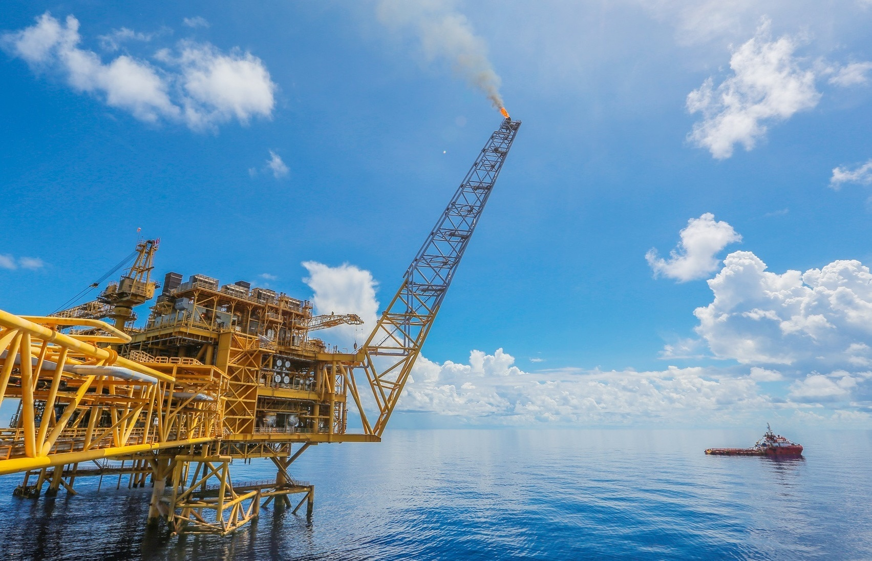 Vietnam's oil and gas laws in urgent need of readjustment to current-day realities