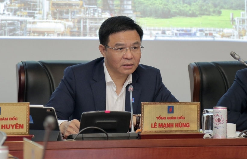 PetroVietnam strives to overcome difficulties and maintain stable business activities