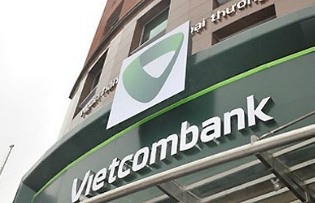 Waves of objections against Vietcombank's service fee rise