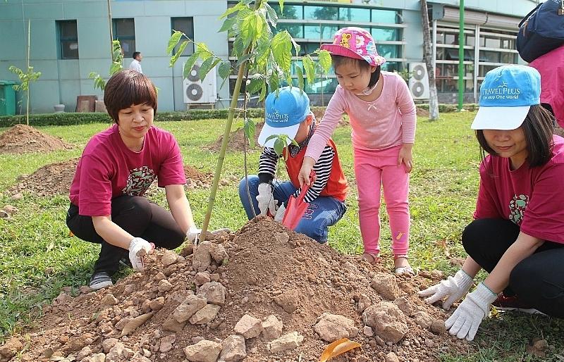 Hanoi welcoming second sakura tree planting event