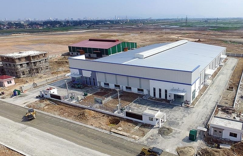 torrential foreign investment flows into vietnam