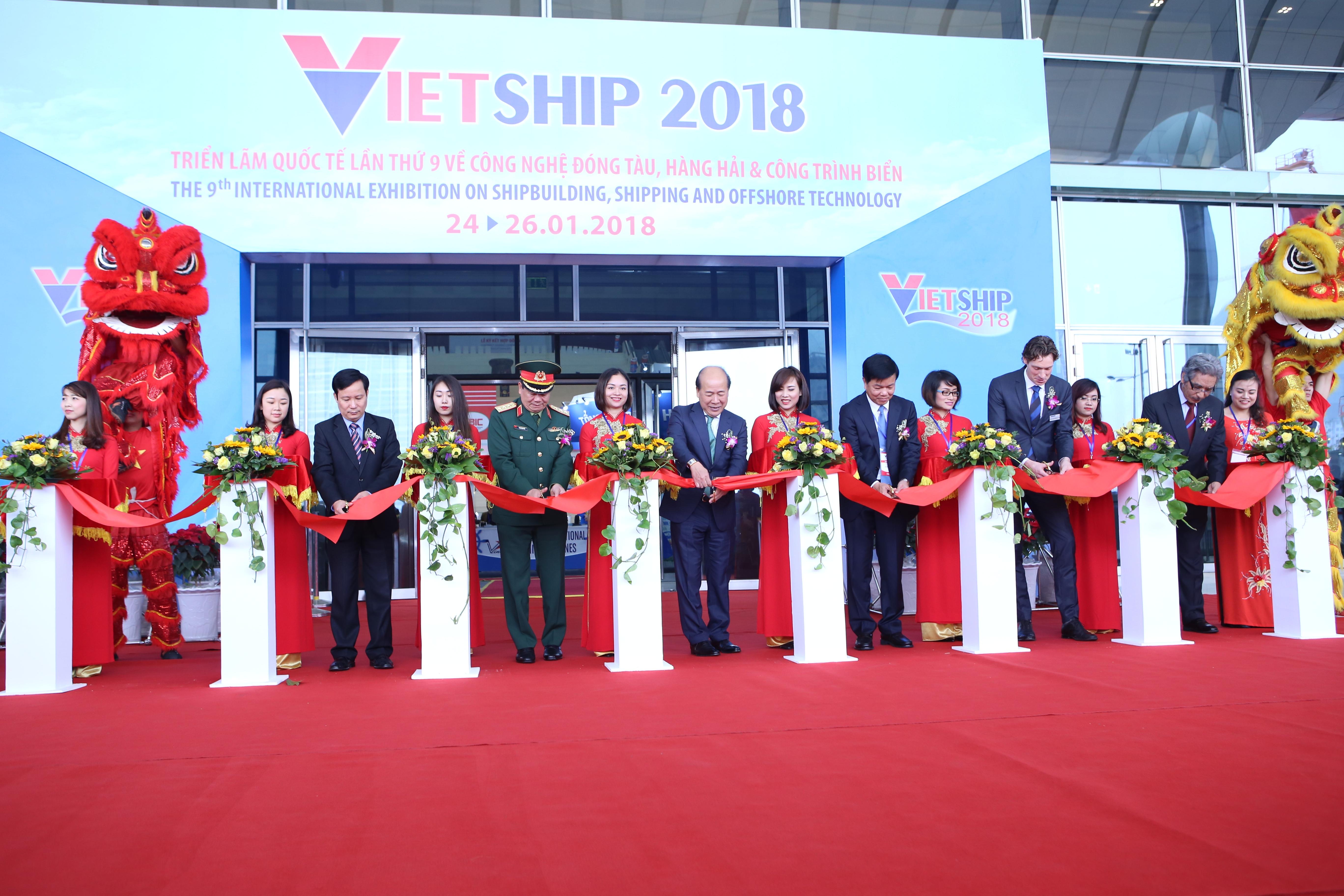 100 Vietnamese and international groups attend Vietship 2018