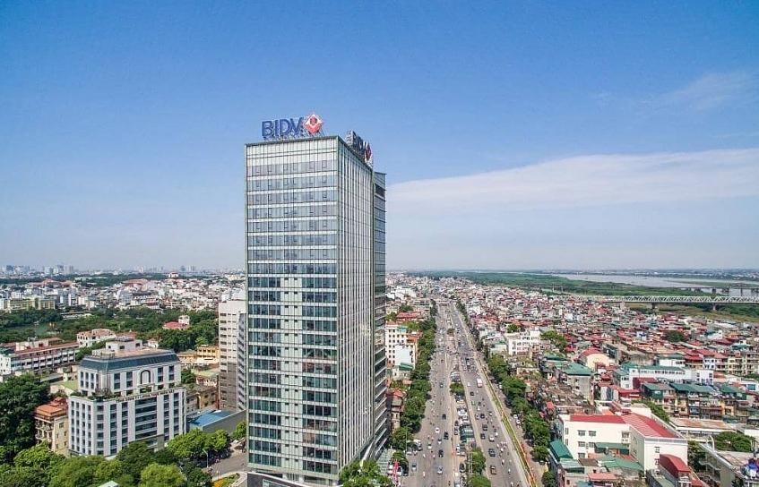 BIDV Tower responds to COVID-19 fight in Vietnam