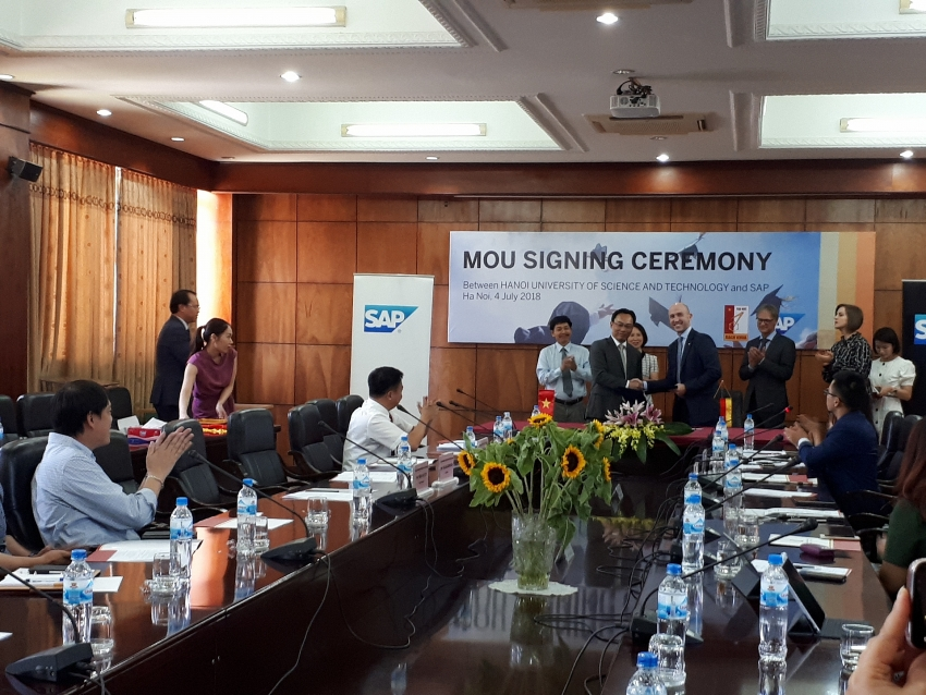 sap se and hust sign mou on training cooperation