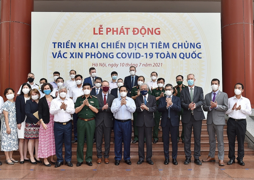 Vietnam officially launches nationwide COVID-19 vaccination campaign on July 10