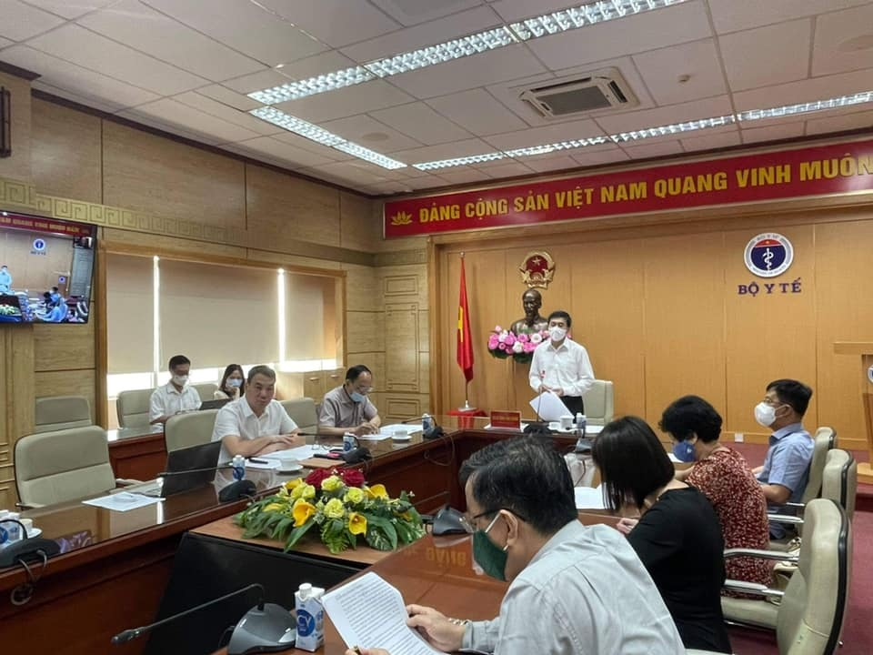 Vietnam aims to successfully produce at least one locally-made COVID-19 vaccine in 2021