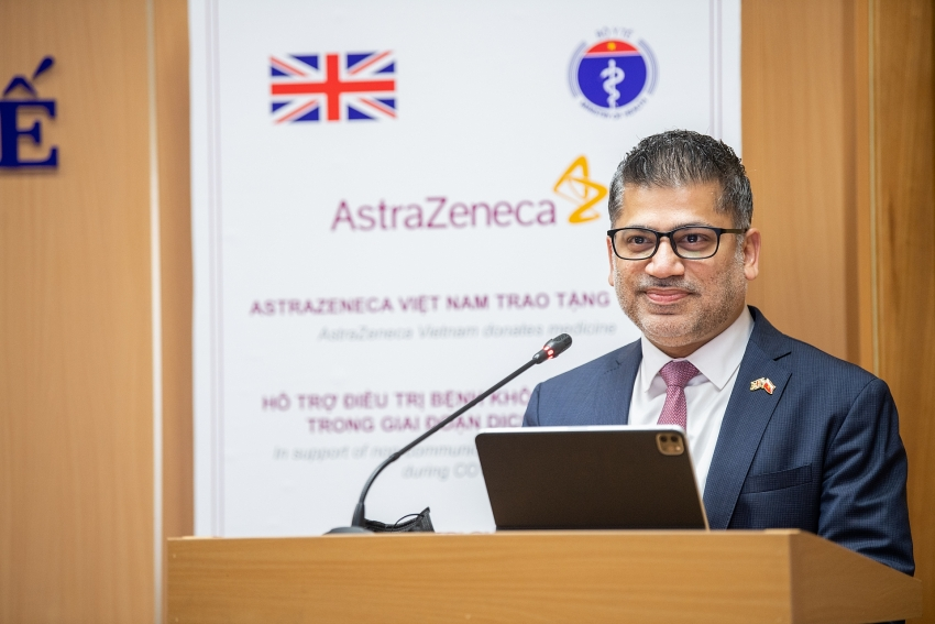 AstraZeneca Vietnam donates medicine for NCD patients during COVID-19