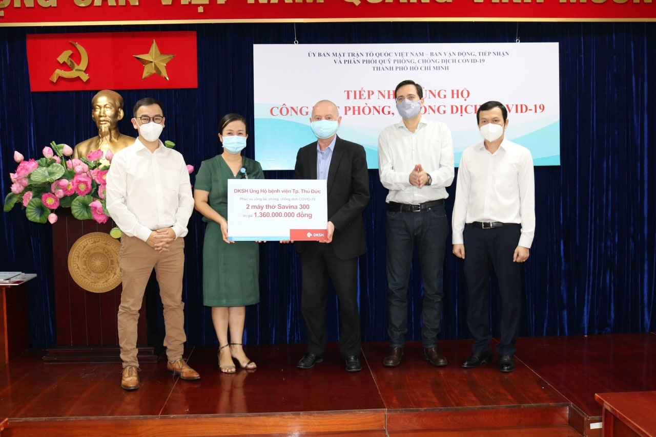 DKSH Vietnam donates medical supplies for COVID-19 battle in Ho Chi Minh City