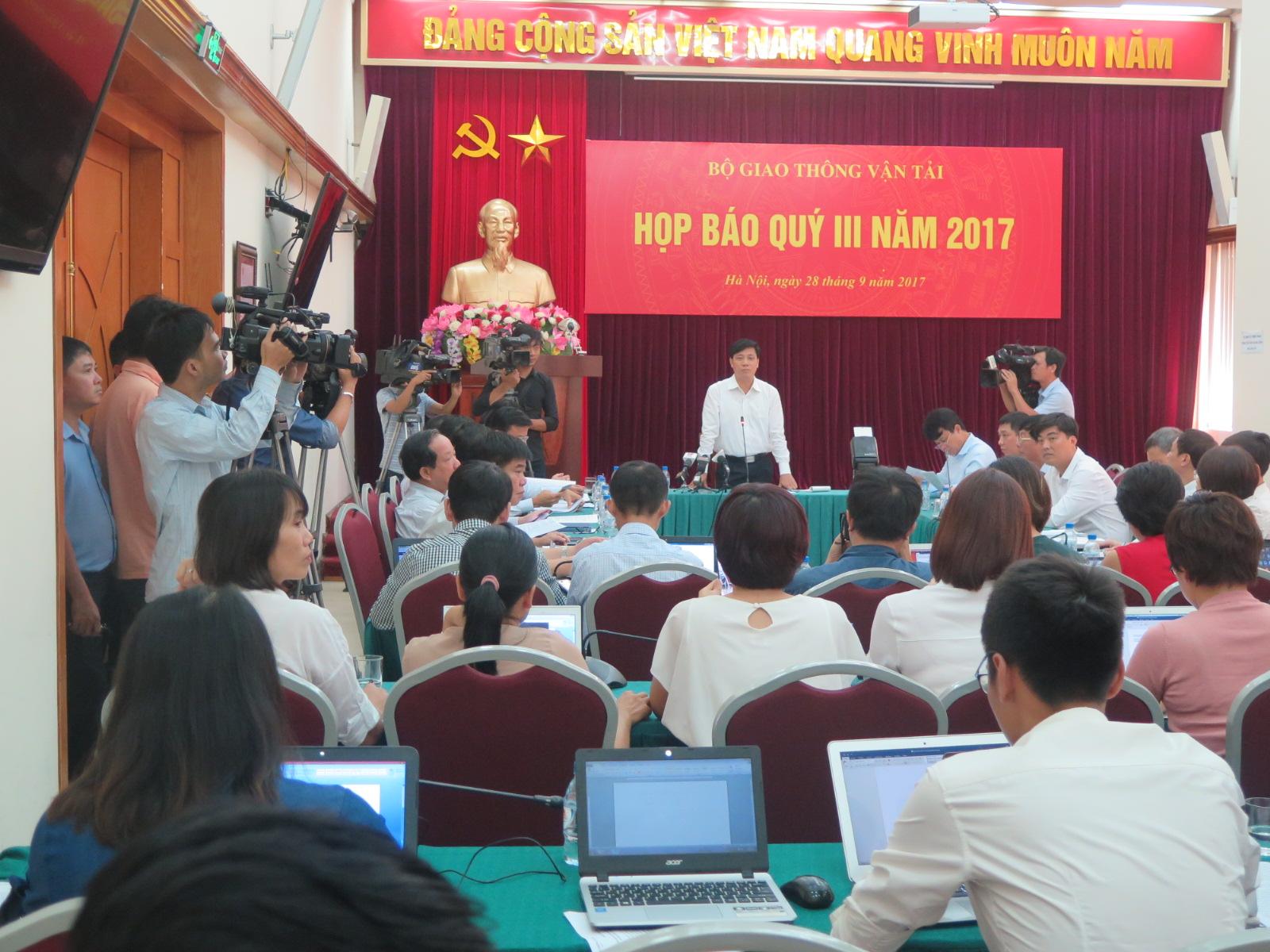 Cat Linh-Hadong Metro Line unable to start test runs in October