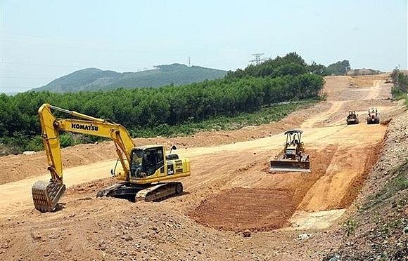 Vietnam approves road development planning for 2021-2030