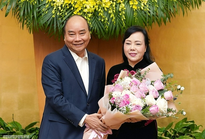 PM Phuc appreciates contributions of former Minister of Health