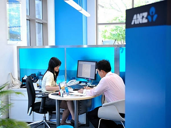 anz staff charged with appropriation of vnd91 billion