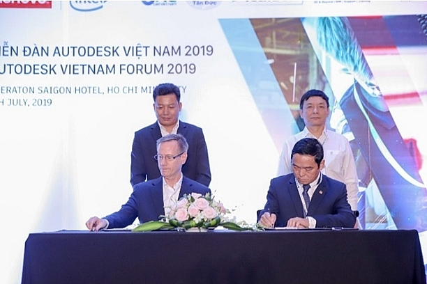 hoa binh construction signs multi year tech deal with autodesk