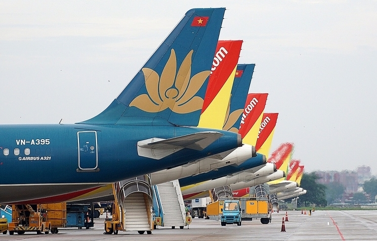 Government loosens aviation business conditions