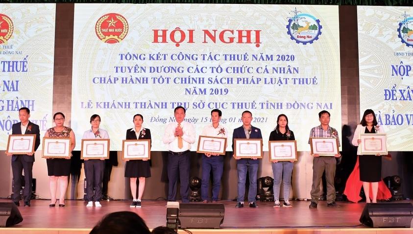 Nestlé Vietnam once again lauded for budget contribution