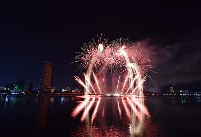 Danang calls off International Fireworks Festival in 2020