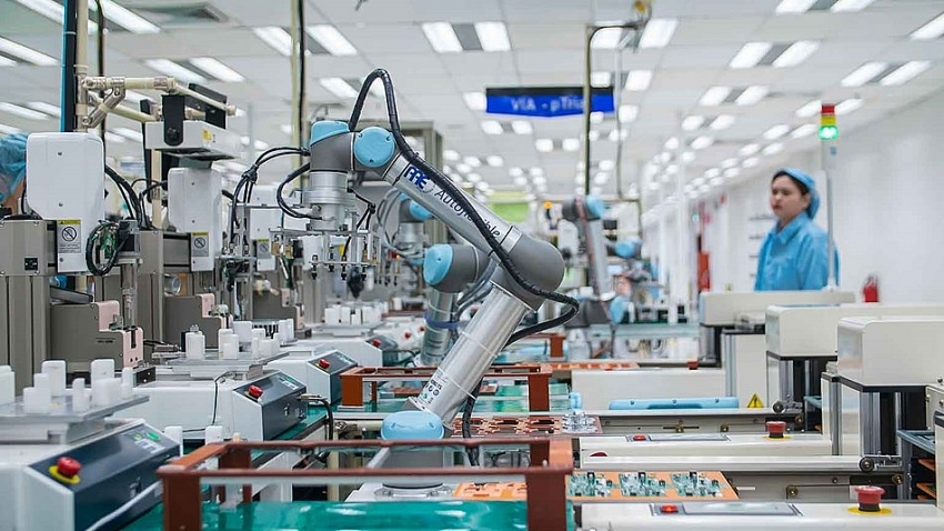 universal robots leveraging automation to reduce workplace injuries