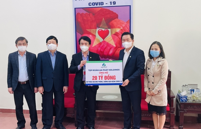 An Phat Holdings donates $870,000 to support COVID-19 fight in Hai Duong