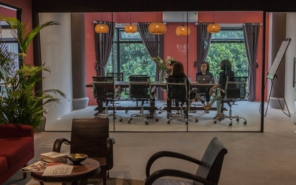 toong collaborates with indochina vanguard hotels to implement a co working space in wink hotels