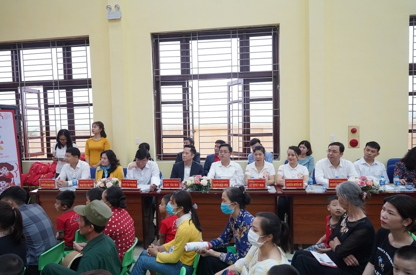 """First """"Sinh Con, Sinh Cha"""" workshop of 2021 takes place in Bac Ninh province"""